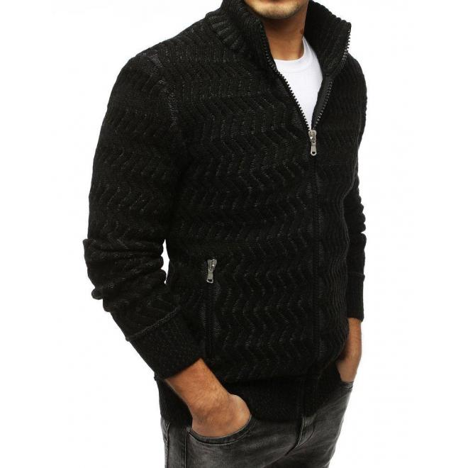 Hrubý pánsky sveter čiernej farby so zapínaním na zips