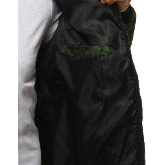 Maskáčová pánska bunda svetlozelenej farby na jeseň