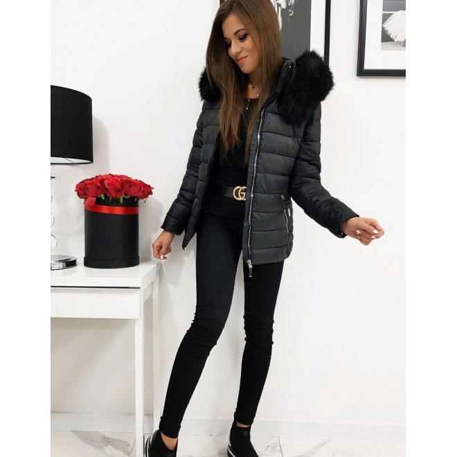 Čierna prešívaná bunda na zimu pre dámy