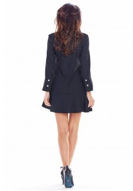 Krátke dámske šaty čiernej farby s volánom