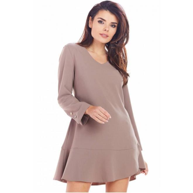 Dámske krátke šaty s volánom v kapučínovej farbe