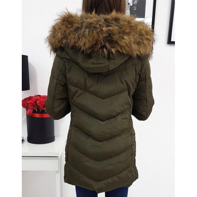 Zelená prešívaná bunda na zimu pre dámy