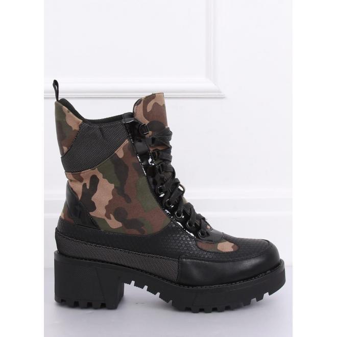 Štýlové dámske topánky čiernej farby s maskáčovým motívom