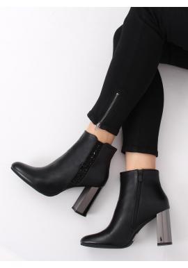 Členkové dámske čižmy čiernej farby na metalickom podpätku