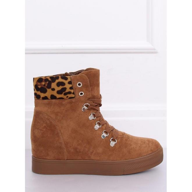 Hnedé semišové topánky na skrytom opätku pre dámy