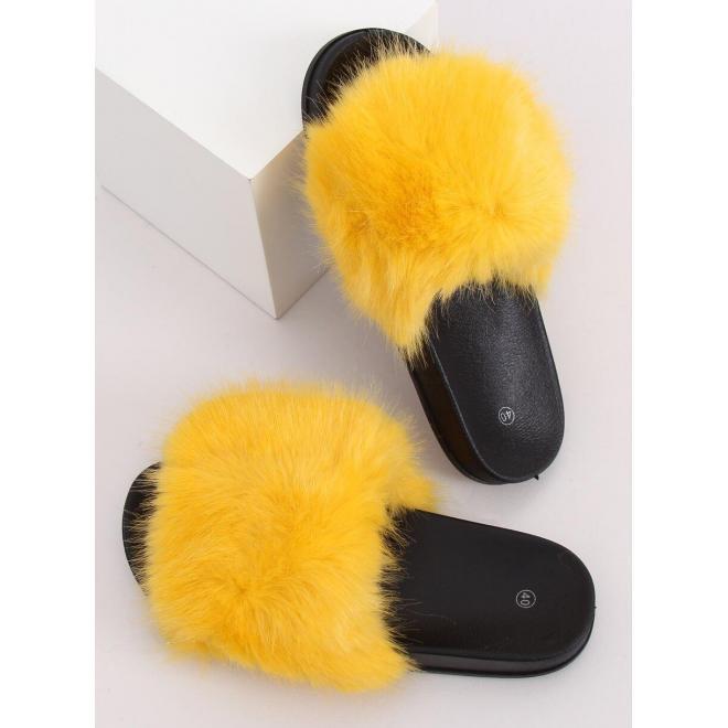 Módne dámske šľapky žltej farby s kožušinou