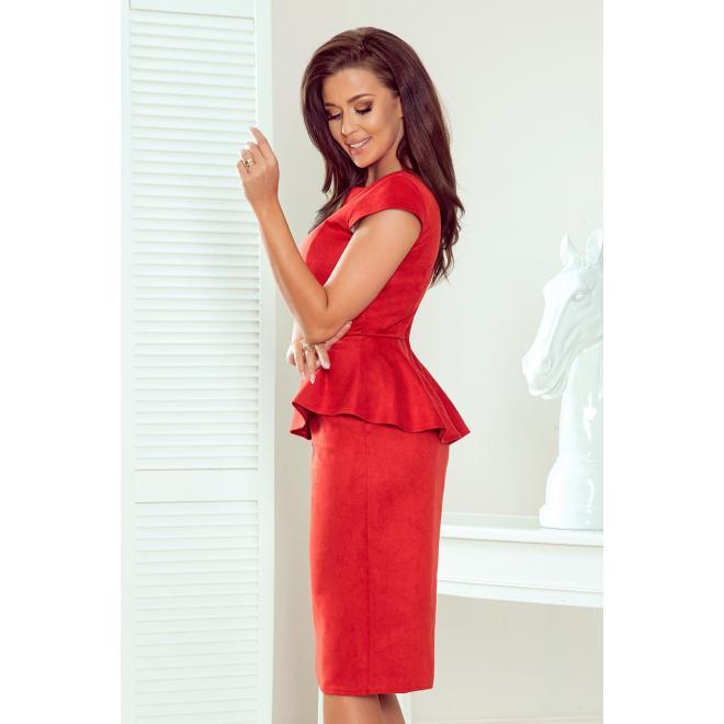 Dámske semišové šaty s asymetrickým volánom v červenej farbe