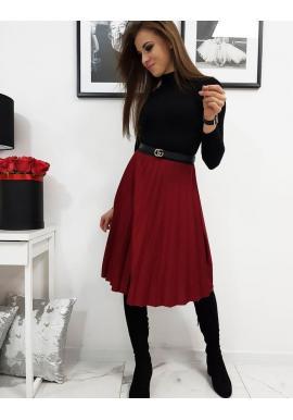 Plisovaná dámska sukňa bordovej farby pod kolená