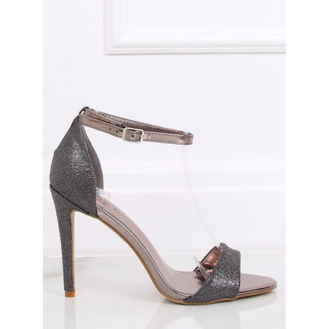 Trblietavé dámske sandále tmavosivej farby na štíhlom opätku