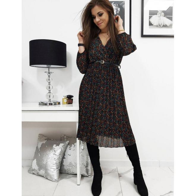 Čierne plisované šaty s obálkovým výstrihom pre dámy