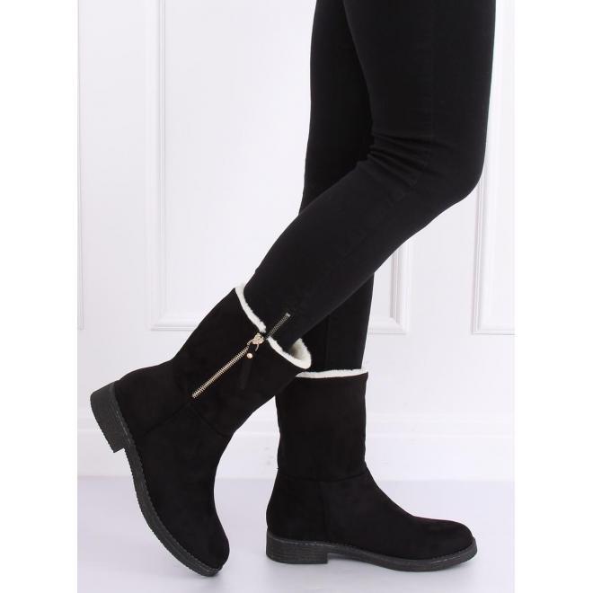 Semišové dámske čižmy čiernej farby s prehnutým zvrškom