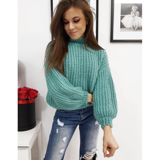 Mätový módny sveter s polrolákom pre dámy