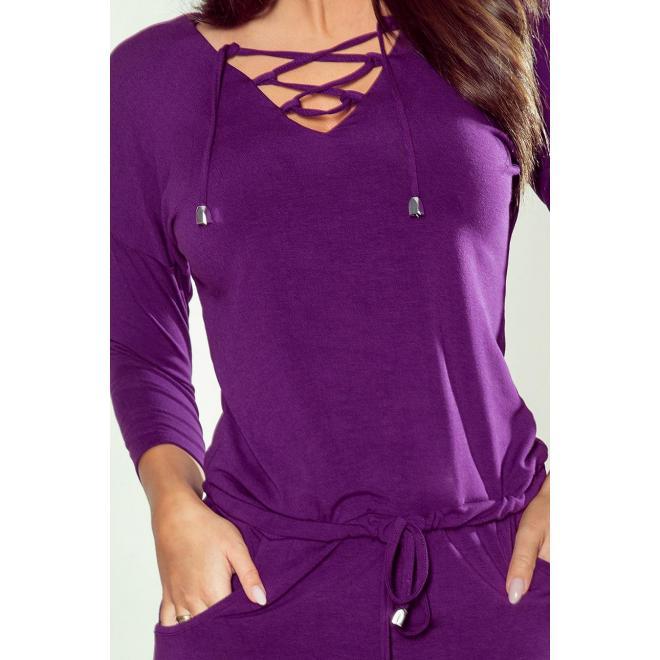 Športové dámske šaty fialovej farby s viazaným výstrihom