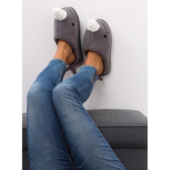 Čierne zvieracie papuče s gumovou podrážkou pre dámy