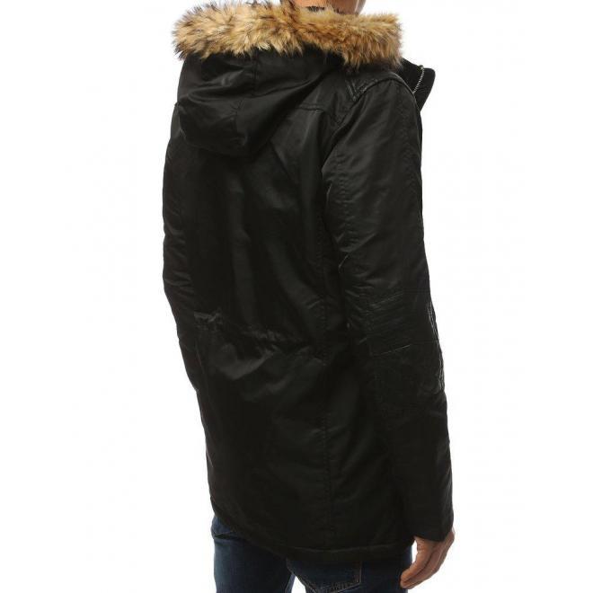 Pánska zimná bunda s kapucňou v čiernej farbe
