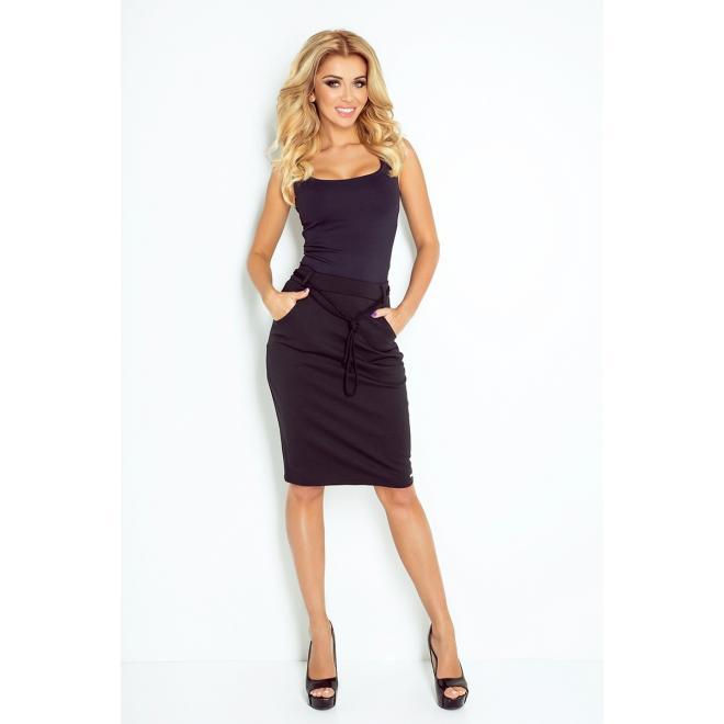 Dámska sukňa s vreckami v čiernej farbe