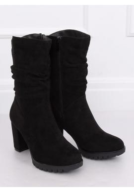 Nariasené dámske čižmy čiernej farby na podpätku