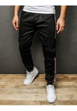 Štýlové pánske tepláky čiernej farby s pásmi na bokoch