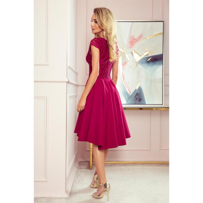 Dámske exkluzívne šaty s čipkovaným výstrihom v bordovej farbe