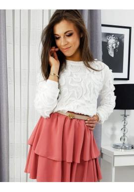 Elegantný dámsky sveter bielej farby