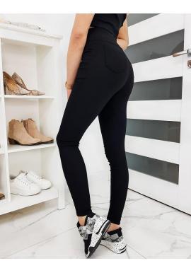 Pohodlné dámske nohavice čiernej farby
