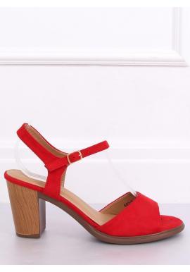 Dámske semišové sandále na drevenom podpätku v červenej farbe