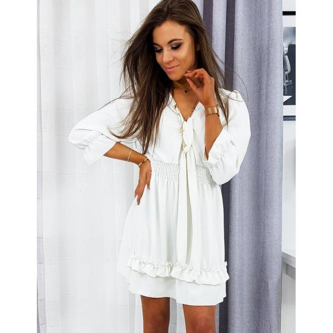 Dámske štýlové šaty s malými volánmi v bielej farbe
