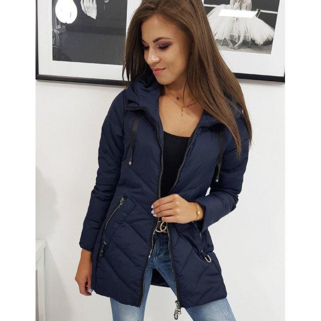 Dámska jarná bunda s kapucňou v tmavomodrej farbe