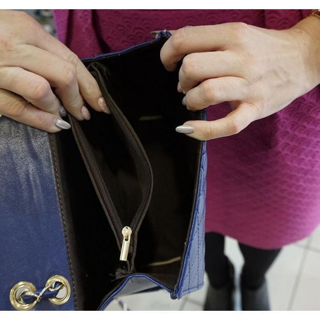 Prešívané dámske kabelky v sivej farbe s kovovým zapínaním