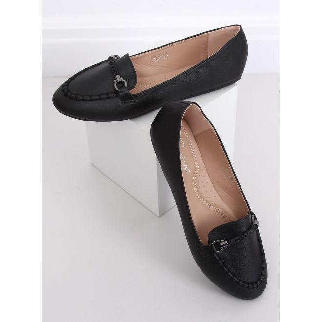 Dámske elegantné mokasíny s ozdobou v čiernej farbe