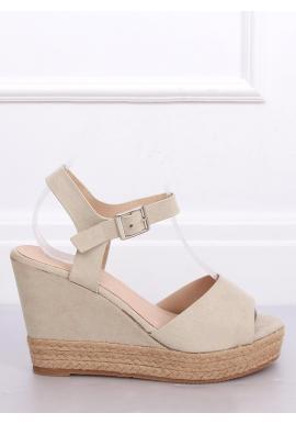 Béžové semišové sandále na klinovom podpätku pre dámy