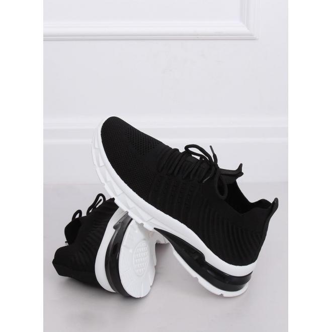 Čierne športové tenisky pre dámy