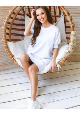 Dámske voľné šaty s malou potlačou v bielej farbe