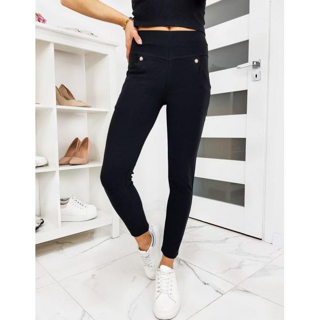 Elastické dámske nohavice čiernej farby