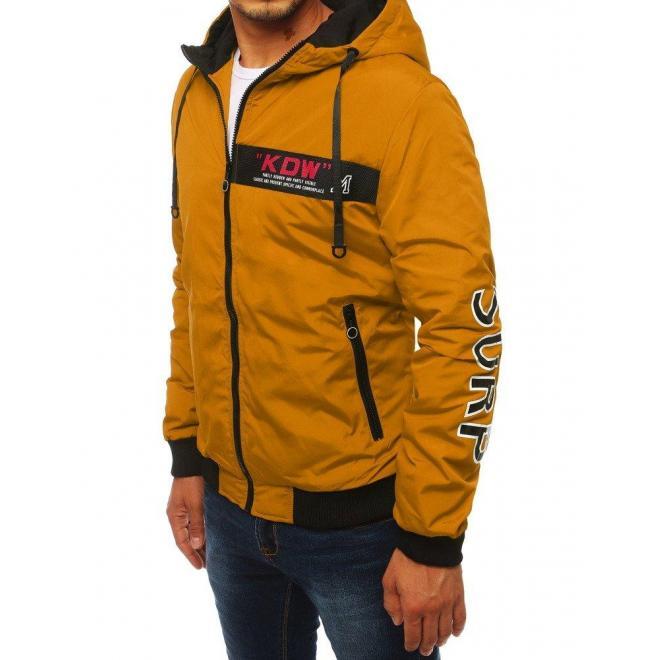 Pánska prechodná bunda s nášivkou a potlačou v horčicovej farbe
