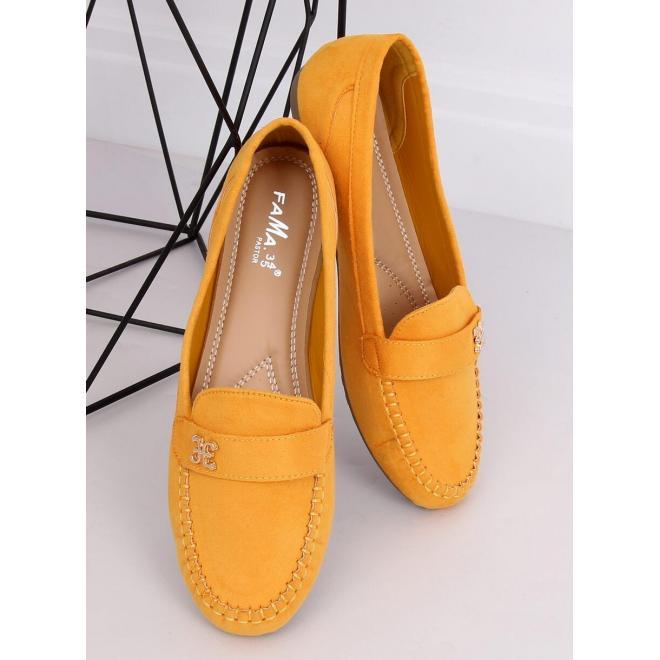 Semišové dámske mokasíny žltej farby so zlatou ozdobou