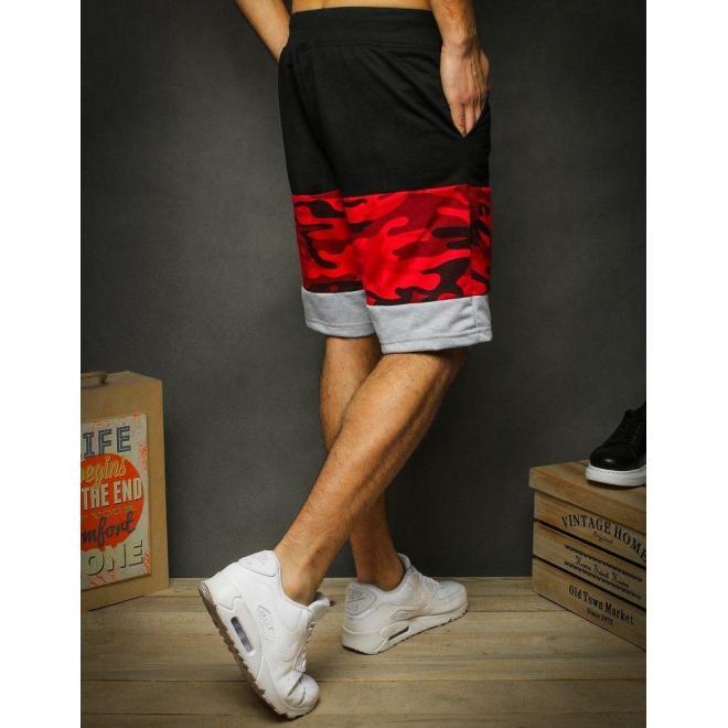 Teplákové pánske kraťasy červeno-čiernej farby s potlačou