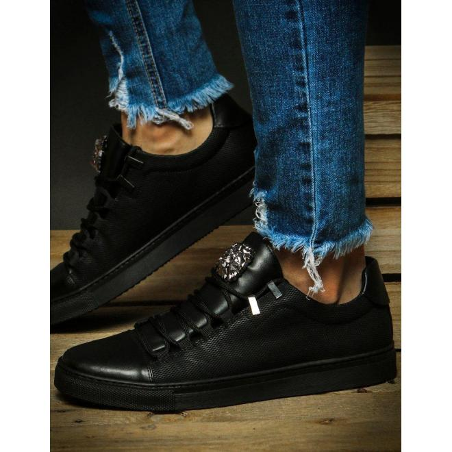 Pánske módne tenisky s ozdobou v čiernej farbe