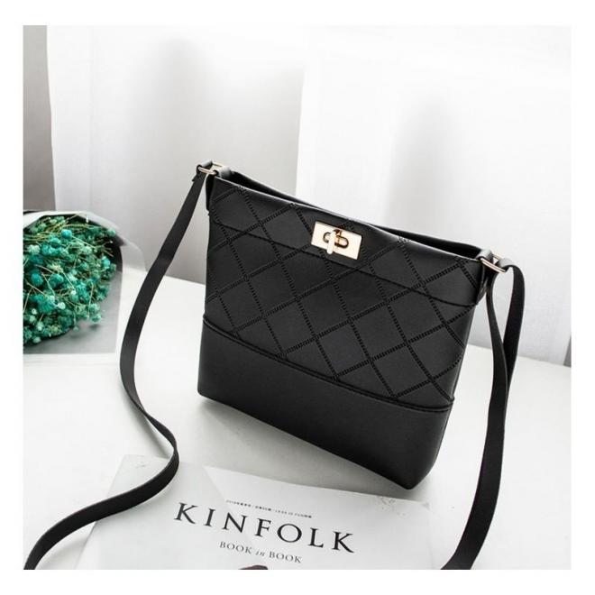 Dámske mini kabelky z ekokože v čiernej farbe
