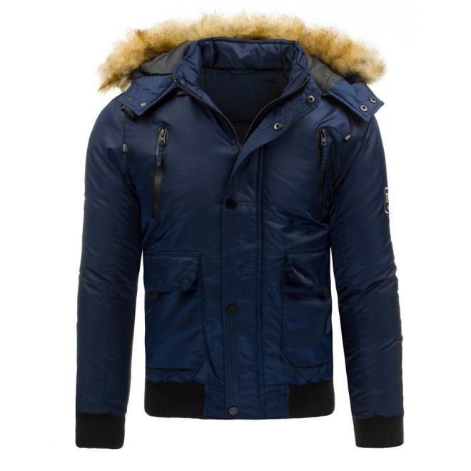 Pánska zimná bunda čiernej farby s odopínateľnou kapucňou
