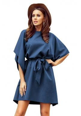 Módne dámske šaty modrej farby s opaskom