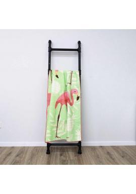 Zelený obdĺžnikový ručník na pláž s motívom plameniakov