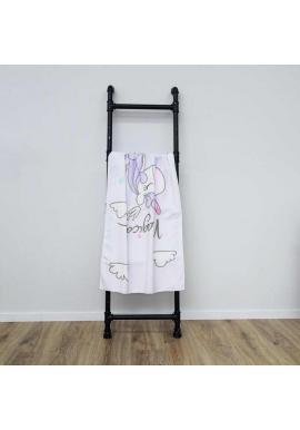 Plážový ručník svetlofialovej farby s motívom jednorožca