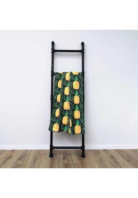 Plážový ručník čiernej farby s motívom ananásu