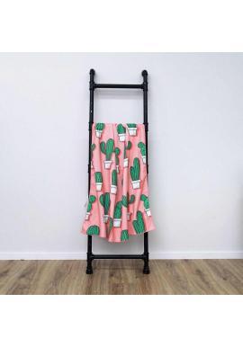 Ružový plážový ručník s motívom kaktusov