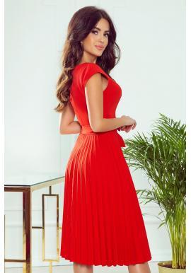 Plisované dámske šaty červenej farby s krátkym rukávom