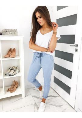 Pohodlné dámske nohavice svetlomodrej farby s viazaním