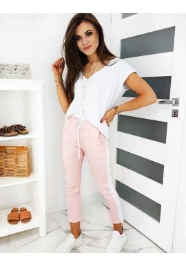 Dámske módne nohavice s pásom na boku v ružovej farbe
