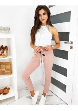 Štýlové dámske nohavice ružovej farby so záhybmi