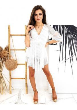 Biely módny overal v štýle šiat pre dámy